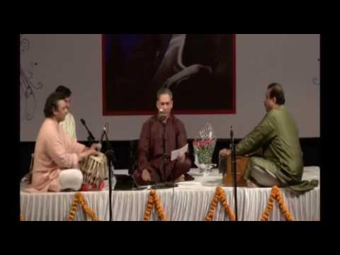 Marathi Bhaktigeet - raag Mishra Bhairavi - Pt. Anand Bhate (poetry & music : Dr. Prabha Atre)