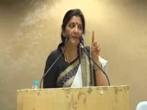 What congress was teaching in D.U about Hinduism by advocate Monika Arora