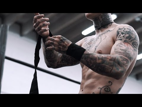 Why You Need To Train With Wrist Wraps | THENX
