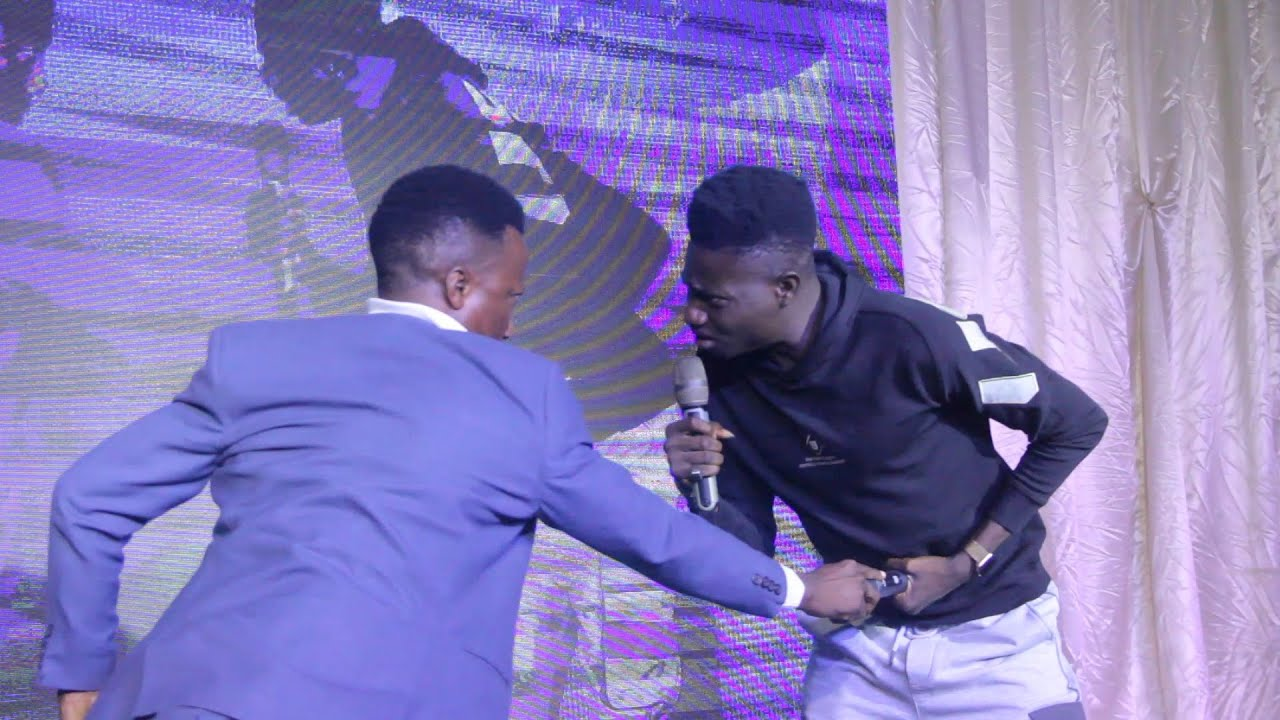 Download WATCH THE LIVE PERFORMANCE OF MC REMOTE AT ILEYA MUSIC AND COMEDY NIGHT