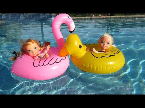 FLOATIES ! Elsa & Anna toddlers - Pool Party - Water fun Big float Splash Swim
