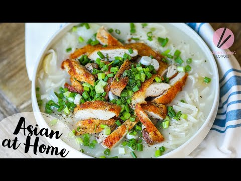 The BEST Korean Chicken Noodle Soup Dak Kalguksu