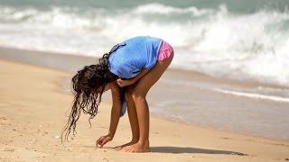 Приколы с девушками 2015 девушки на пляже,подборка 2015 СМОТРЕТЬ ВСЕМ!!(Приколы с девушками 2015 девушки на пляже,подборка 2015 СМОТРЕТЬ ВСЕМ!! 0:07 Начало первого видео, Неуклюжая деву..., 2015-02-15T08:47:07.000Z)