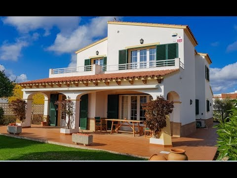 Detached villa in Es Migjorn Gran, Menorca.
