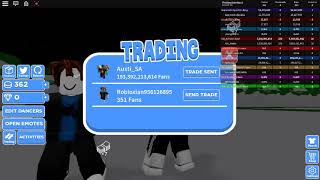ROBLOX *crazy* dancing game gameplay?