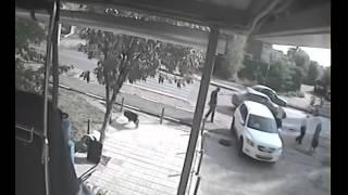 Наезд иномарки на пожилую женщину сняли на видеокамеру