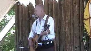 Willie P. Bennett - Tryin