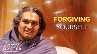 "Paramahamsa Sri Swami Vishwananda answers the question, ""How to for..."