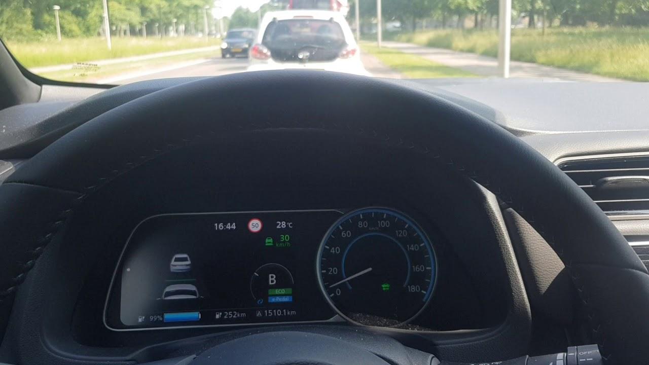 Adaptive Cruise Control File Rijden Met De Nissan Leaf Youtube