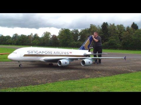 Orig.RCHeliJet™ Ferngesteuert Gigantic A380 Singapore Airlines Peter Michel Hausen a.A 2013