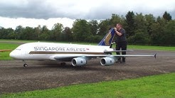 Orig.RCHeliJet Ferngesteuert Gigantic A-380 Singapore Airlines Peter Michel Hausen a.A 2013