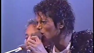 The Jacksons - Shake Your Body (Down To The Ground) Live In Toronto 1984