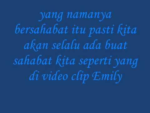 MY COMMENT VIDEO CLIP EMILY LARAS - KAU SELALU ADA
