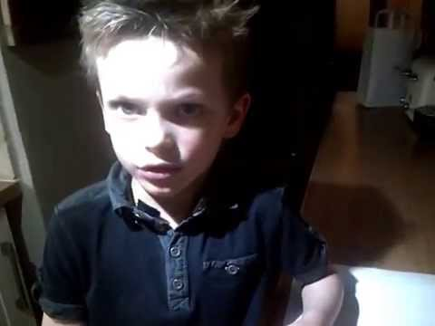 Cute 6 year old kid explains the Solar System...Awesome !