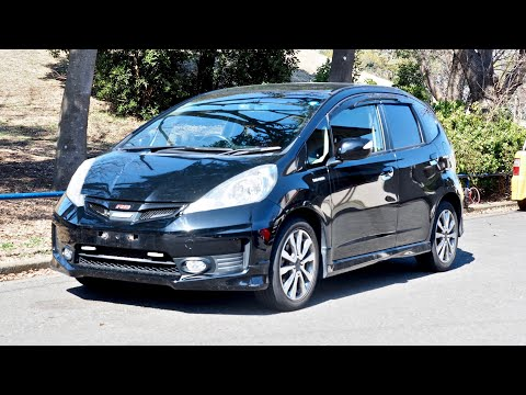 2012 Honda Fit Hybrid RS 6-speed (Ireland Import) Japan Auction Purchase Review