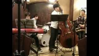 2013.1.12 @喫茶館プロコップhttp://procope.jimdo.com/ Lazully jazzさん.
