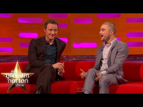 Daniel Radcliffe and James McAvoy Talk About Their Horrible Fans - The Graham Norton Show en streaming
