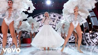 "White Christmas (Live From ""Gwen Stefani's You Make It Feel Like Christmas"")"