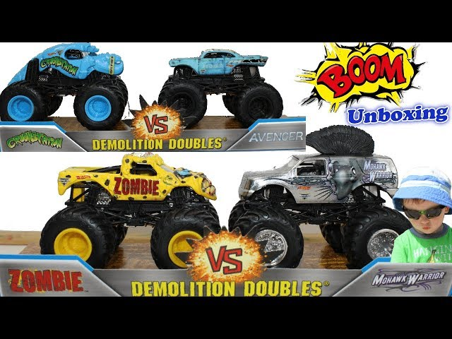 Father and Son Unbox HOT WHEELS MONSTER JAM Zombie Avenger Crushstation  Monster Trucks