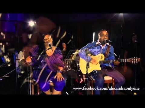 Dos locos - Alexandra La Reina De La Bachata feat Nikolaz Frias