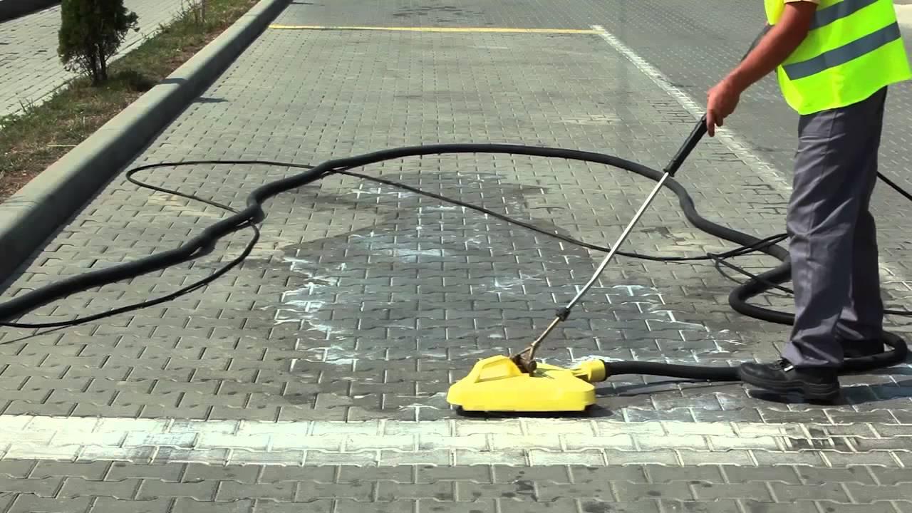 Modul de îndepărtare a petelor de grăsime de pe trotuar