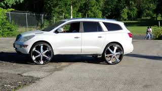 Pearl Enclave on 30s Dubs @specialvehiclescustoms