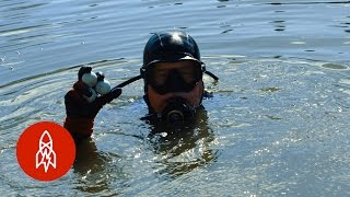 Diving_For_Golf_Balls_in_America's_Most_Famous_Water_Hazard