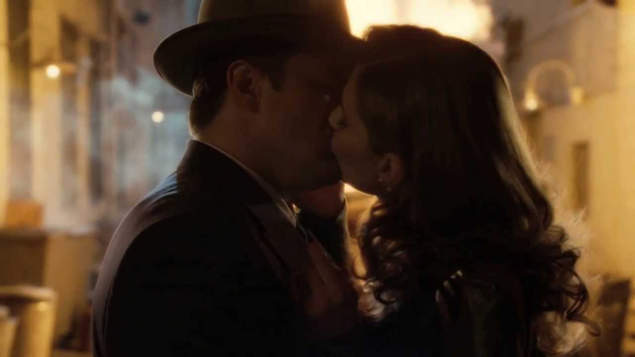 what episode do castle and beckett kiss for the first time