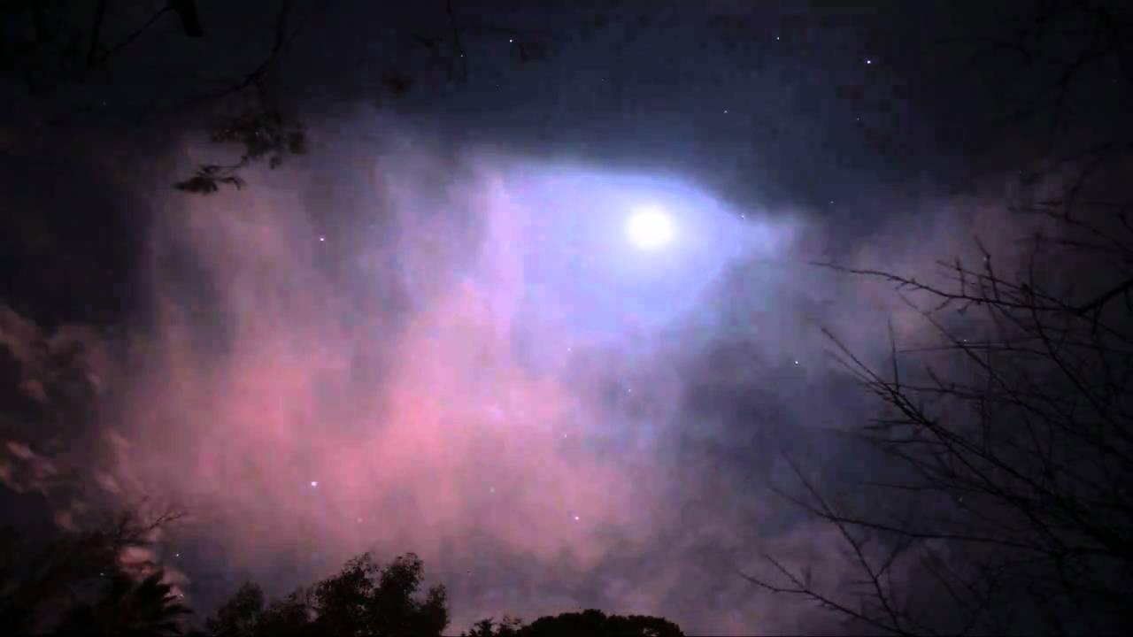 Beautiful Moon And Stars In Cirrus Clouds TimelapseCanon 5DMk2 V08902
