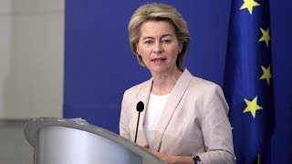 Ursula von der Leyen finaliza Comissão Europeia
