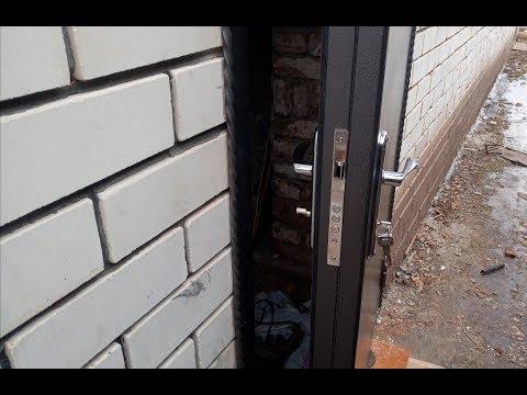 Самодельная дверь с терморазрывом из профильной трубы. Финал.