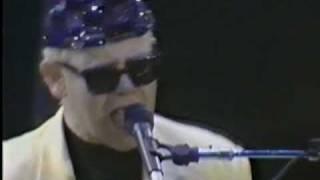 Elton John - I'm still standing - Live in Verona  1989