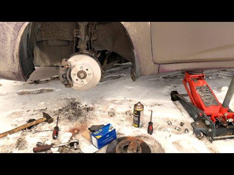 Замена передних тормозных дисков, замена передних тормозных колодок на Хендай Солярис.Своими руками.