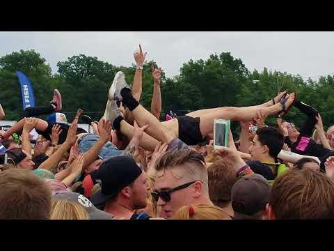 Beartooth - In Between; Van's Warped Tour; Meadowbrook Music Theater; July 20, 2018