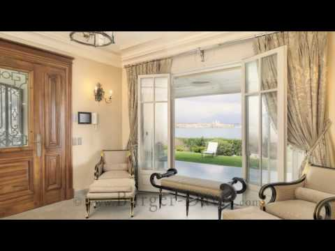 Luxury Seafront Villa for Rent in Antibes, French Riviera, by www.Burger-Davis.com
