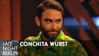 Conchita WURST stiftet Verwirrung: Ehefrau und 2 Kinder? | Late Night Berlin | ProSieben