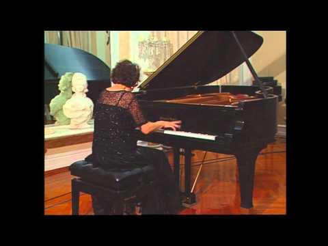 Juana Zayas plays Chopin's Revolutionary Etude