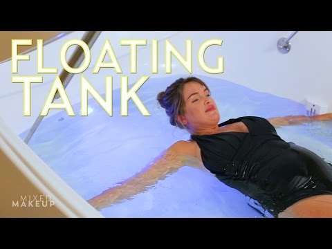 We Tried a Float Tank in Los Angeles at Pause | The SASS with Susan and Sharzad