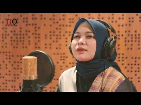 aisyah-istri-rasulullah-cover--anisa-rahman