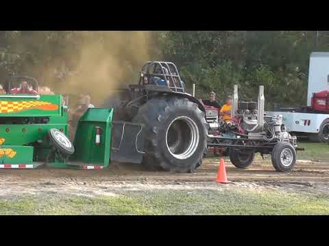 Tractor Pulling at the 2017 Brooklyn CT Fair