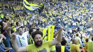Fenerbahçe Adamın AK tezahüratı ile salonun coşkusu