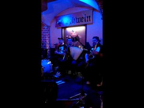 """""""Ветер"""" - акустический концерт группы """"Мамульки Bend"""" в Москве"""