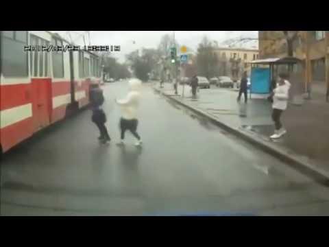 Смешной короткий мультик смотреть онлайн видео от green