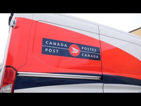 More than 100 Canada Post workers test positive for COVID-19 in Mississauga, Ont.