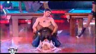 Showmatch 2009 - Nazarena, terminó empapada