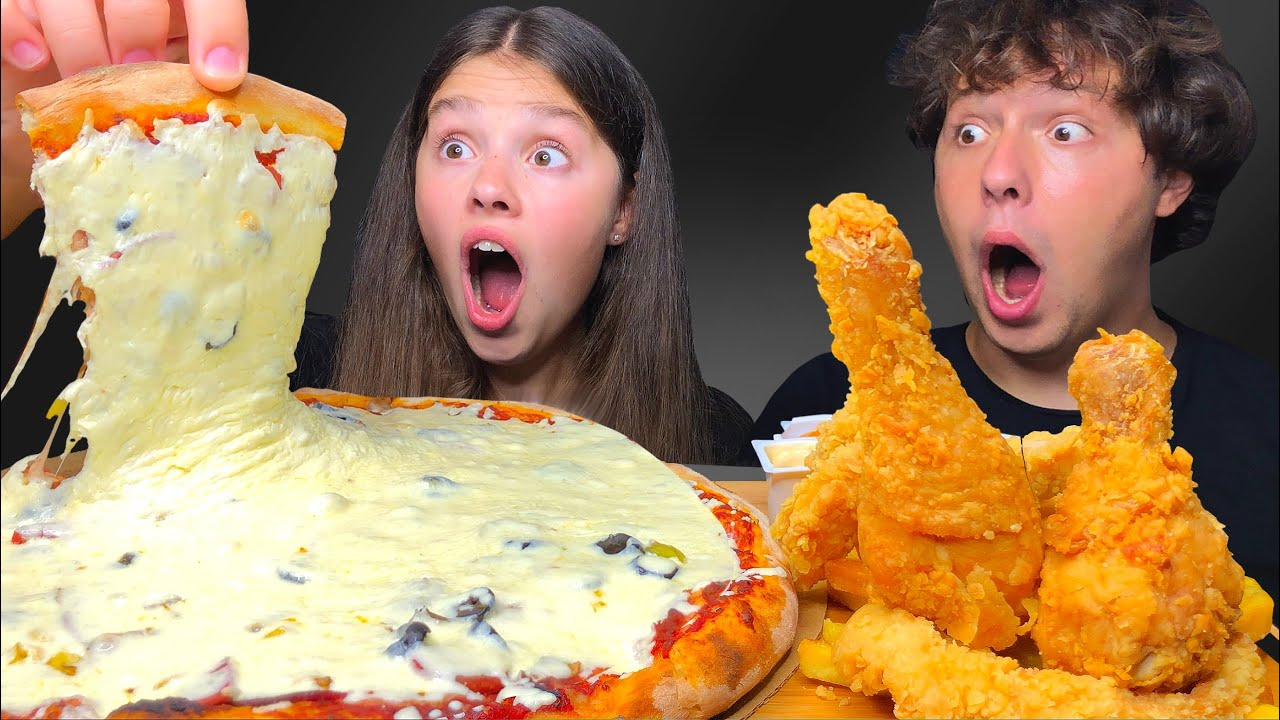 ASMR EXTRA CHEESY PEPPERONI PIZZA & FRIED CHICKEN MUKBANG EATING SOUNDS 먹방 Tati ASMR