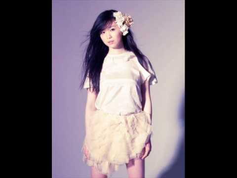 Akai singing Tender Touch by Jyongri .wmv