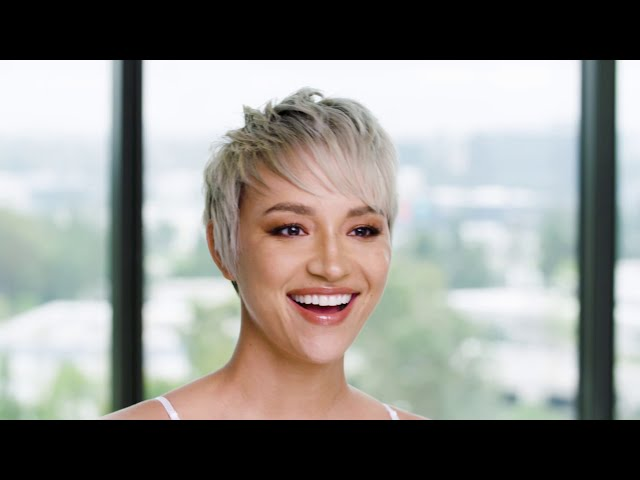 "The ""Ice Pixie"" Technique: Short Haircut With Big Blonde Impact"