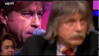 JW Roy zingt Broken Wings voor Johan Derksen