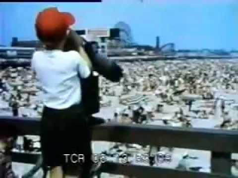 Fun at Muscle Beach Santa Monica 1950's - Classic clip!